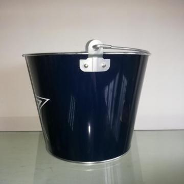 Ice bucket with handle for bar