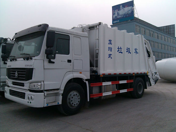 Compressed Garbage Collection Truck