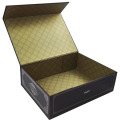 Specialty paper folding box with magnet