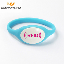 Supplier for Personalized Rubber Bracelets RFID bracelet Silicone NFC Wristband for theme Park supply to Australia Factories