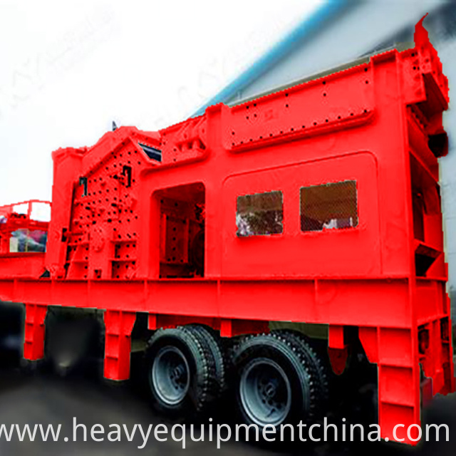 Mobile sand crusher