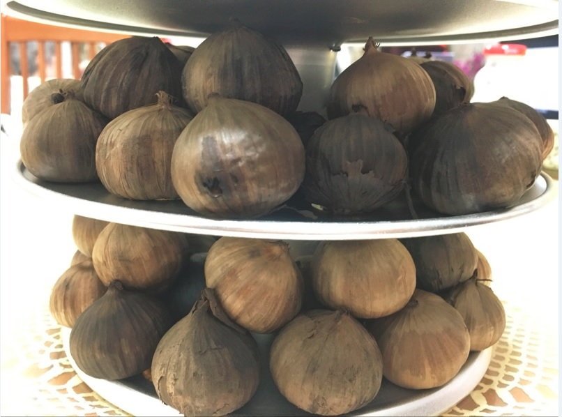 single black garlic (30)