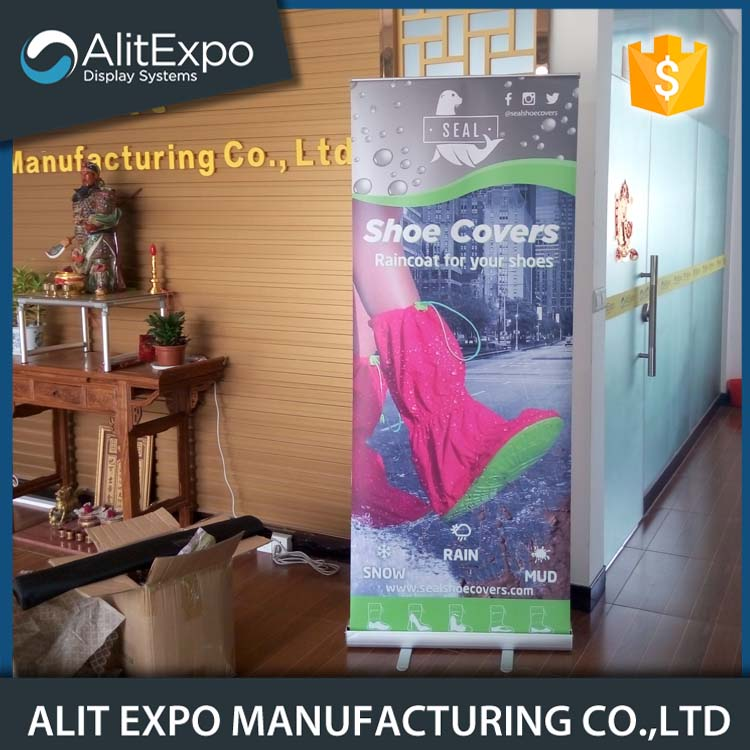 Easy change aluminum alloy roll up banner