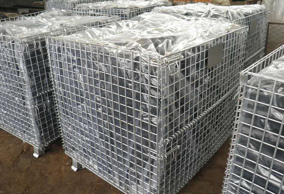 Mesh Pallet Cages