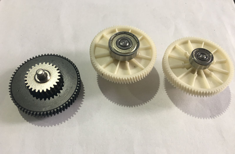 Colorful Small Straight Tooth Gear Injection Molding Pom Plastic