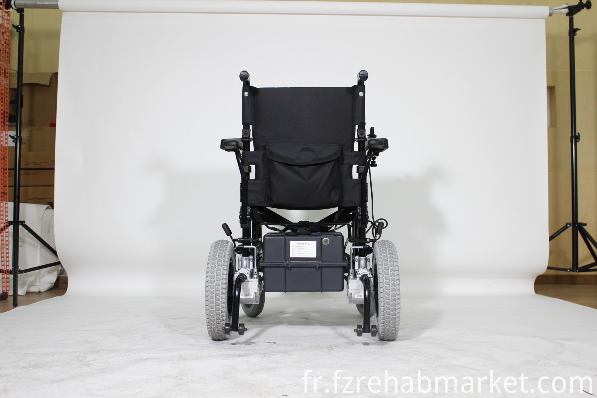 Inexpensive Light folding wheelchair