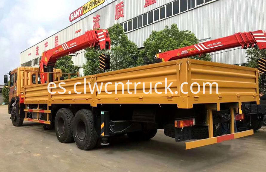 truck with loading crane 2