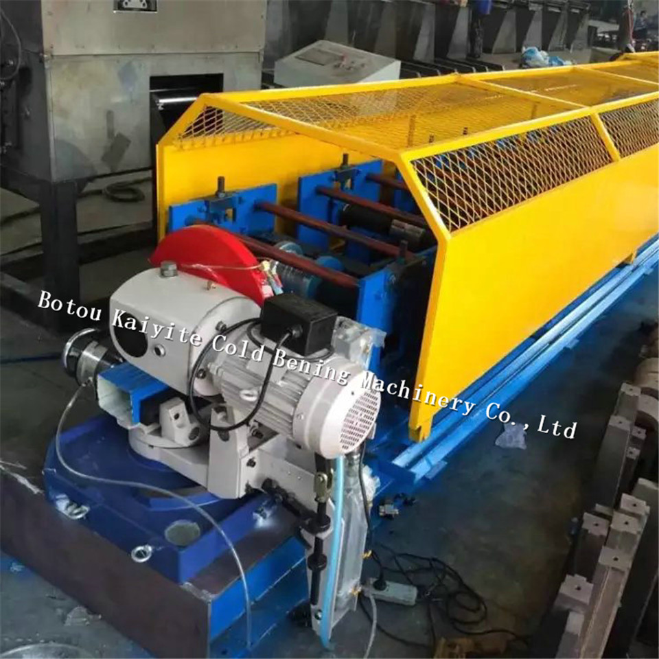High quality Square downspout pipe roll forming machine, used for roof water