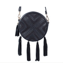 Round geometric pattern fringe shoulder bag