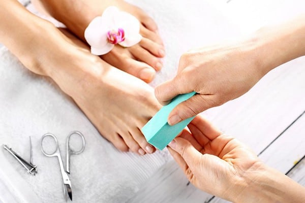 Mini-Pedicure-600x400
