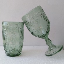 Factory Promotional for Stemless Wine Glasses The Unique Design Leaves Patterned Green Glass Cup export to Zambia Manufacturers