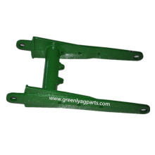 John Deere Lower Parallel Arm A84382 P65304