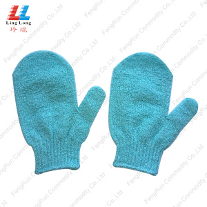 Exfoliating useful artificial bath gloves