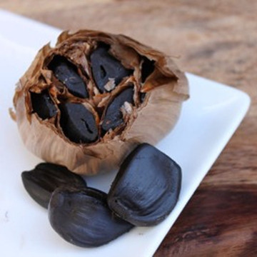Fermented and aged Black Garlic For Health