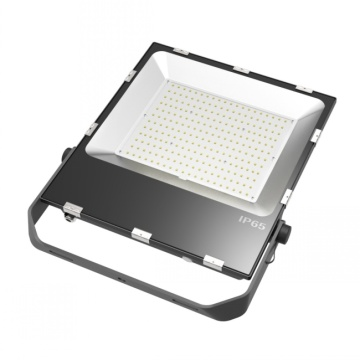 Luga Lumen 200w Taʻavalevale Lolomilo Floodlight Ip65 Faʻateʻaina le Lolo Light Light Outdoor Security Light