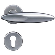 Unique Fancy Style Door Handle