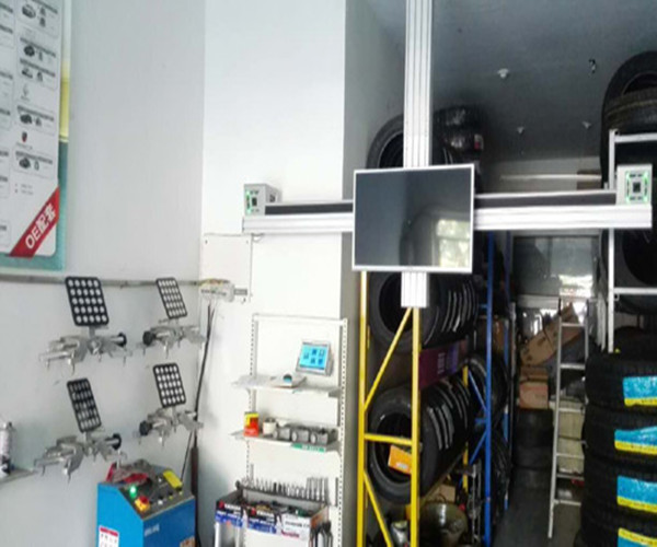Ceiling-mounted Wheel Alignment