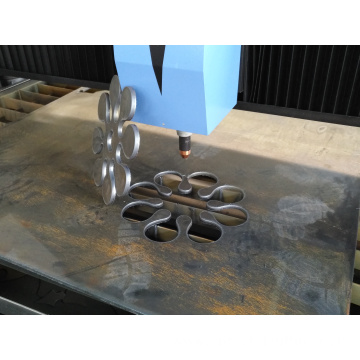 CNC plasma cutter with waterbed device