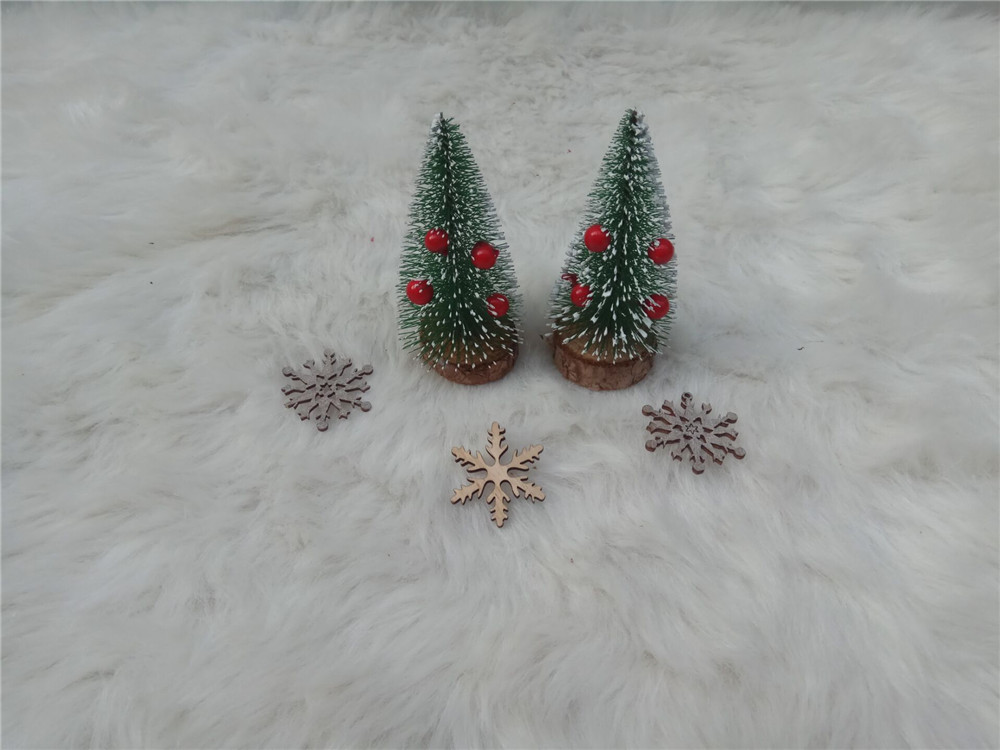 wooden chirstmas tree for decoration