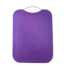 plastic cutting board with Thin metal handle