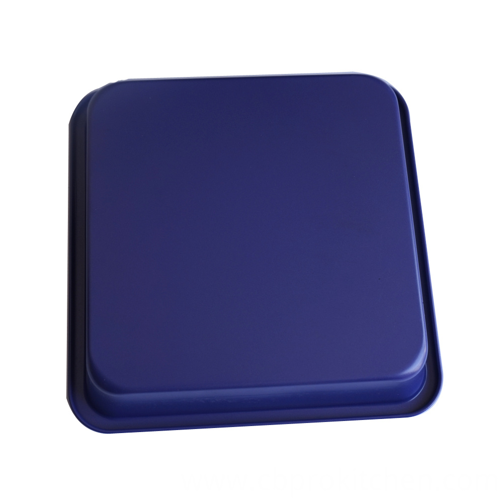 Purple cake pan