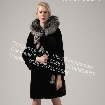 Women Austria Merino Shearling Coats with Mink Flower
