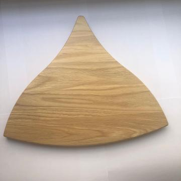 Fish shape oak wood cutting board