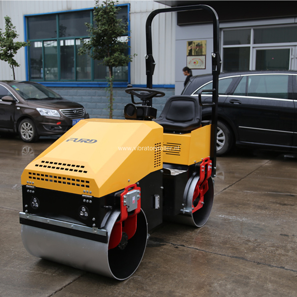 Small Double Drum Vibratory Roller Compactor For Asphalt