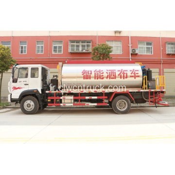 2019 SINO Truck avec machine de distribution d'asphalte