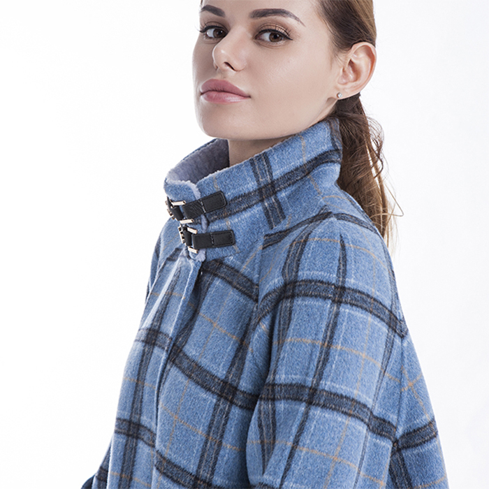 A checked blue cashmere overcoat with a collar