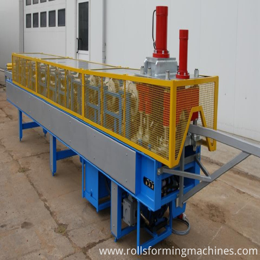Roof Ridge Cap Forming Machine 02