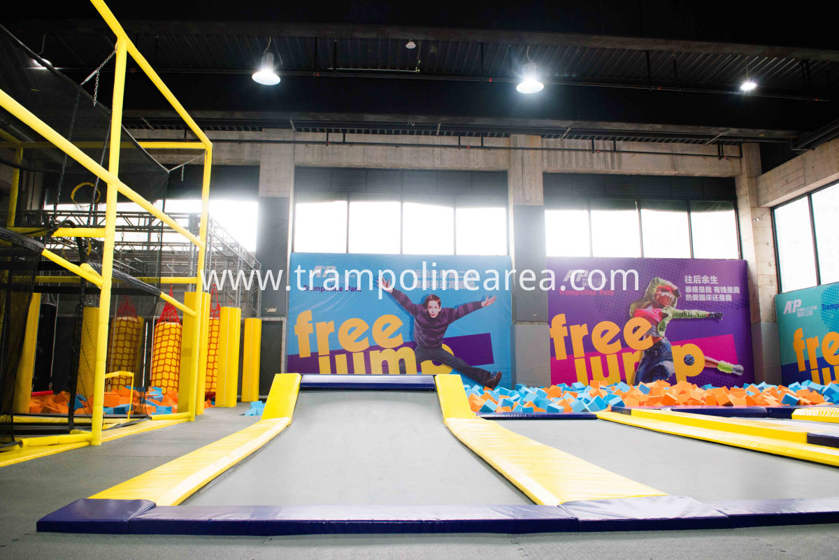 Wipeout indoor trampoline
