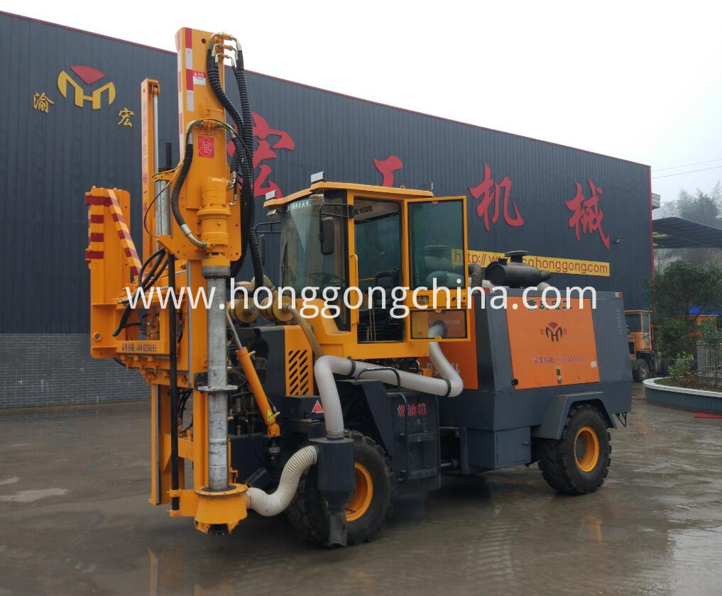 Multi-functional Highway Guardrail Pile Driver