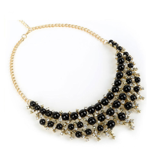 Black Pearl Pendant With Shiny Rhinestones Collar Necklace