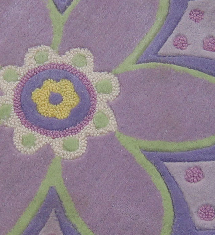 Hand Tufted Carpet with Flower Shape