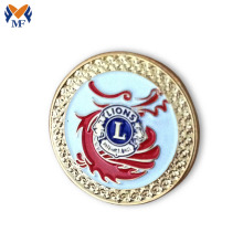 Customized metal logo lion pin badges