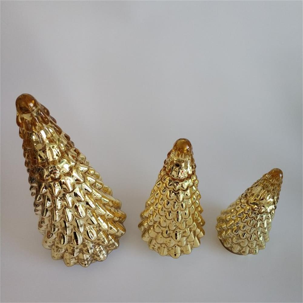 Br H 1181 2golden Christmas Tree Shaped Decorations