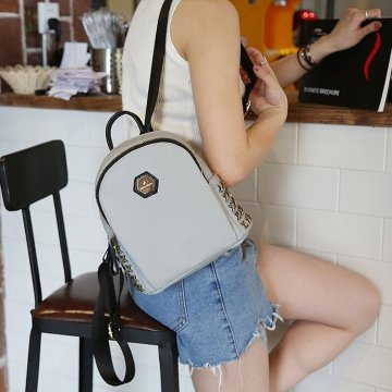 New rivet double shoulder bag women's leisure backpack