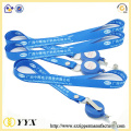 Heat transfer lanyard with retractable clip