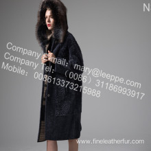 Coat With Mink Fur Flower In Winter