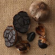 How to Make Fermented Black Garlic