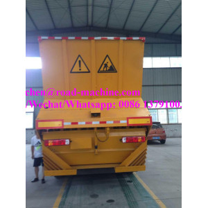8t/ 12m3 rubber asphalt synchronous chip sealer