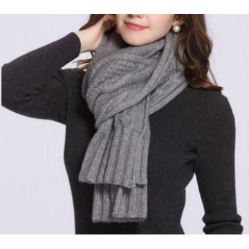 90% Wool 10% Cashmere Knitted Scarf