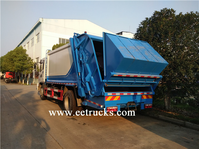 Trash Compactor Trucks