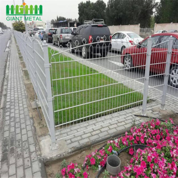 Giant Decorative Prestige Mesh Fence