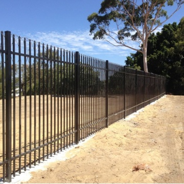 Spear Top Tubular Steel Fence And Slide Gate