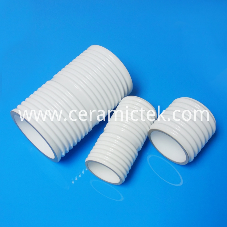 Metallization ceramic insulator for electron tubes