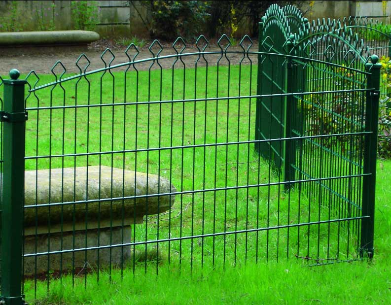 Decorative Anti-corrosion Prestige Wire Mesh Fence with Gate