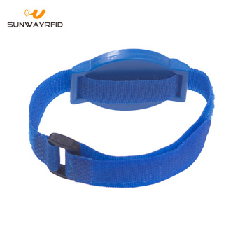 13.56MHZ NTAG213 Nylon RFID Wristband with Velcro