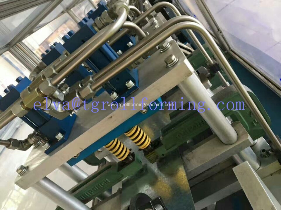 New design light steel frame production line